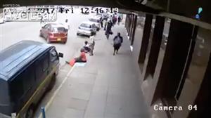 Câmera flagra acidente gravíssimo no Quênia