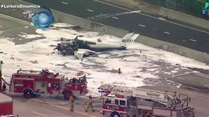 Duas pessoas ficam feridas em queda de avião na Califórnia