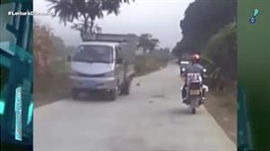 Câmera flagra acidente incrível com motociclista na China