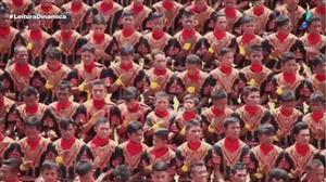 Dez mil meninos batem recorde inusitado na Indonésia