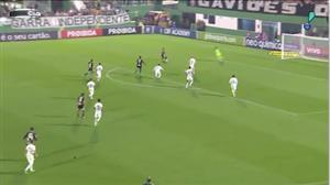 Corinthians vence a Chapecoense e abre dez pontos de frente no Brasileirão