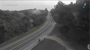 Câmera instalada em rodovia do Paraná flagra acidente cinematográfico
