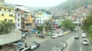 Polícias Civil e Militar fazem operação para garantir segurança na Rocinha