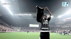 Torcedores do Corinthians celebram título do Brasileirão e cutucam rivais