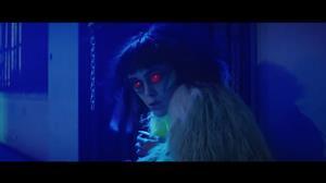 """Muse faz """"paródia"""" de clássico de Michael Jackson em novo clipe"""