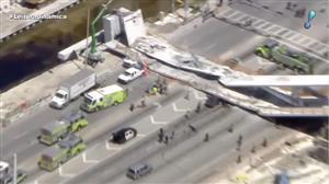 Sobe para quatro o número de mortos em queda de passarela nos EUA