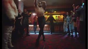 Demi Lovato e Q-Tip divulgam video com cover de Elton John