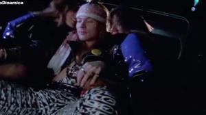 Trechos de clipes censurados de Queen e Guns N'Roses são liberados aos fãs
