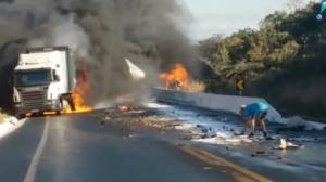 Acidente envolvendo 11 veículos deixa oito mortos em Minas Gerais