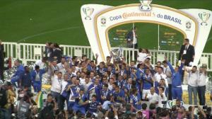 Cruzeiro vence o Corinthians por 2 a 1 em SP e é campeão da Copa do Brasil