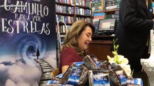 """Lúcia Teixeira lança o livro """"Caminho para Ver Estrelas"""""""