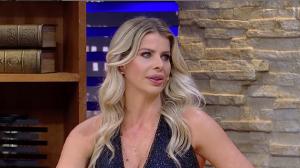 Karina Bacchi relata preconceito de atração midiática por ser mãe solteira