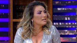 """""""Fiquei destruída"""", conta Thayse Teixeira sobre caso de violência doméstica"""