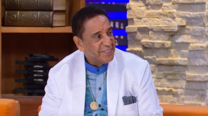 Agnaldo Timóteo diz que chegou a ser dado como morto em jornal