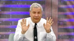 """""""Fiz a sétima série 7 vezes, mas passei"""", revela Sikêra Jr"""