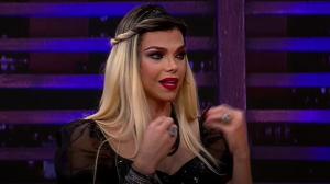 Léo Áquilla fala sobre o orgulho de ser trans no programa desta terça (30)