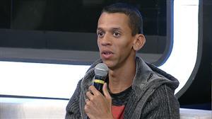 """Betinho Casas Novas: """"O Estado do RJ só vê a favela pela mira do policial"""""""