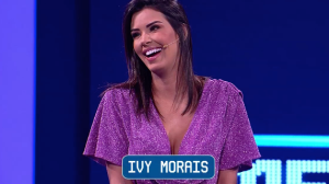 Ivy Morais e o cantor Junior Villa no Mega Senha deste sábado (23)