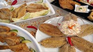 Aprenda a fazer peixe frito com molho especial