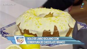 Edu Guedes e convidado preparam bolo de limão com chocolate branco