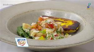Edu Guedes e convidado ensinam a fazer arroz com peixe seco