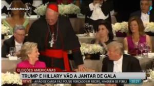 Hillary e Trump trocam piadas em jantar beneficente