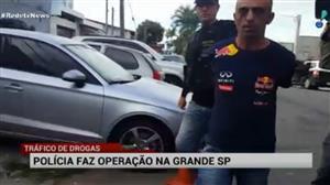Polícia de SP faz operação contra o tráfico de drogas