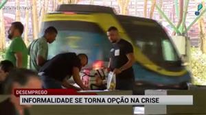 Aeroporto de Guarulhos vira símbolo do emprego informal