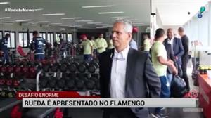 Flamengo apresenta Reinaldo Rueda como novo treinador