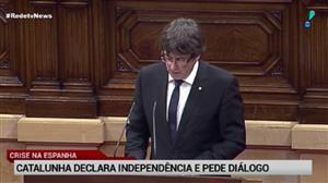 Líder da Catalunha declara independência, mas suspende processo