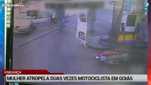 Mulher atropela duas vezes motociclista em Goiás