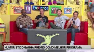 Encrenca, da RedeTV!, recebe prêmio F5 como melhor programa
