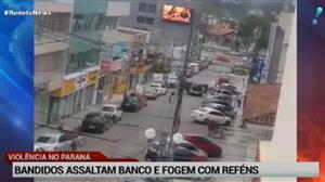 Bandidos assaltam banco e fogem com reféns no PR