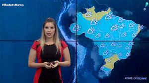 Sol, calor e pancadas de chuva predominam no país