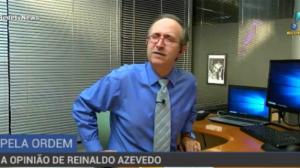 """""""Bolsonaro é refém de fanáticos"""", opina Reinaldo Azevedo"""