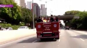Corpo de Gil Gomes é enterrado em São Paulo