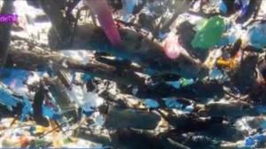 Parlamento europeu vota pela proibição da produção de plástico