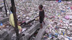 Ásia luta para devolver lixo de países desenvolvidos jogados no continente
