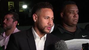Neymar contraria depoimento de Najila e diz que usou preservativo