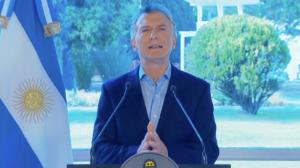 Macri anuncia pacote de medidas para aliviar economia após primárias