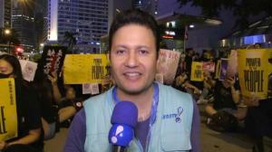 Multidão faz novo protesto pacífico contra o governo em Hong Kong