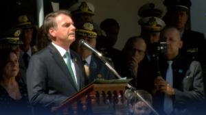 Bolsonaro destaca soberania da Amazônia em discurso a militares