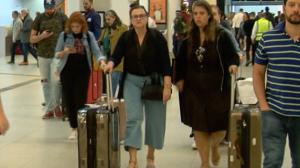 Passageiros reclamam da cobrança de bagagem após veto