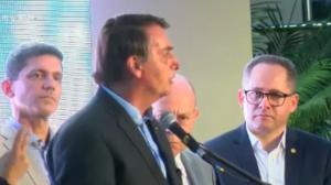 Bolsonaro participa da inauguração da Santa Casa de Santos