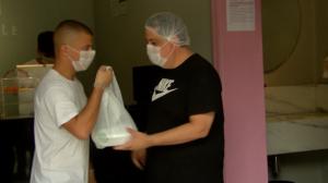 Comerciantes inovam para negócios não pararem durante pandemia do Covid-19