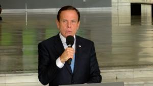 Doria anuncia auxílio para alunos em extrema pobreza