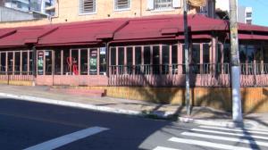 Bares e restaurantes sentem os efeitos da crise da Covid-19