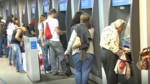 Auxílio de R$ 600: Governo anuncia que vai prorrogar renda emergencial