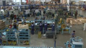 Governo federal prorroga redução e suspensão de contratos de trabalho