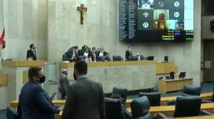 Câmara de São Paulo vota projeto de retorno às aulas
